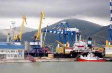 Новороссийский порт накопил многомиллиардные долги по налогам  / Фото: ru.wikipedia.org