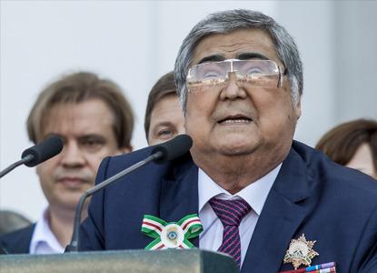 Экс-губернатор Тулеев стал депутатом