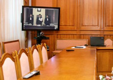 Видео-конференц-связь в судах: как она работает и какие проблемы с ней возникают