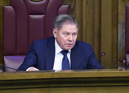 Вячеслав Лебедев сообщил о новых пленумах и законопроектах ВС