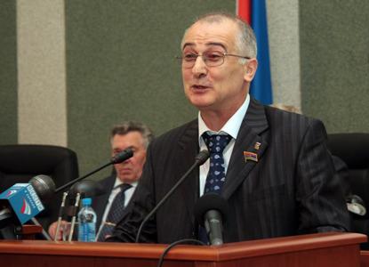 ВС оправдал экс-сенатора Алиханова по делу о мошенничестве