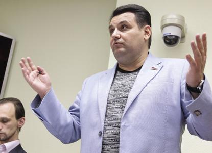 СКР требует заочно арестовать бывшего депутата Госдумы